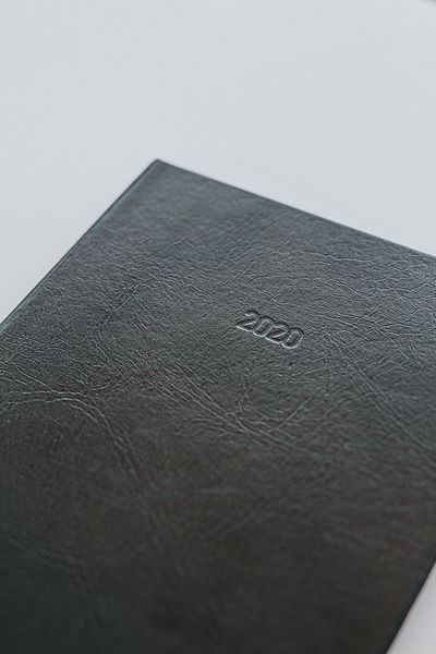 2022 Weekly Diaries, Agendas and Planners