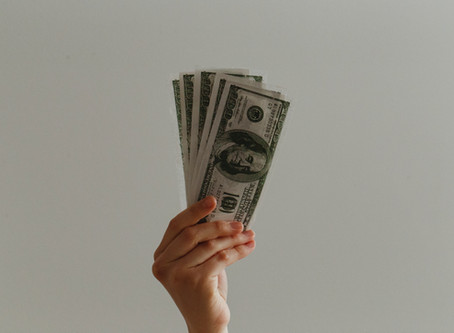 10 Resources to Get Free Money To Pay For College: Scholarships and Financial Aid
