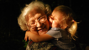 15 Reasons Why Hugs Are Good for Us
