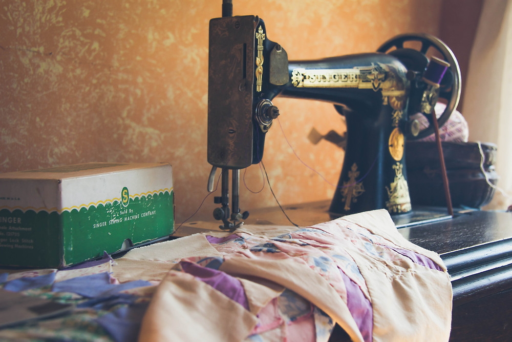 Vintage sewing machine and fabric