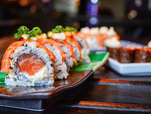 Let's ask to Eshan #2  How to eat raw fish and sushi at a sushi restaurant in Japan?