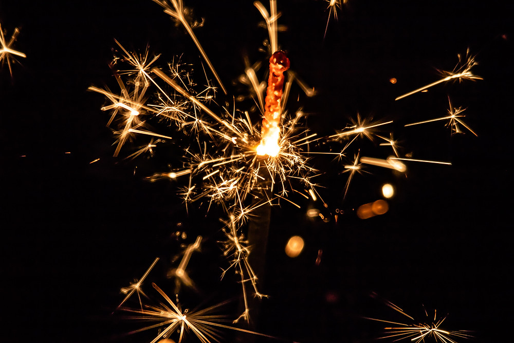 sparkly-New-Year's-Fireworks