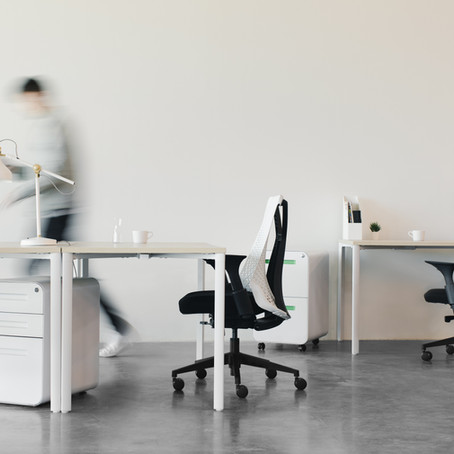 9 Tips to Overcome Challenges in a Hybrid Workplace