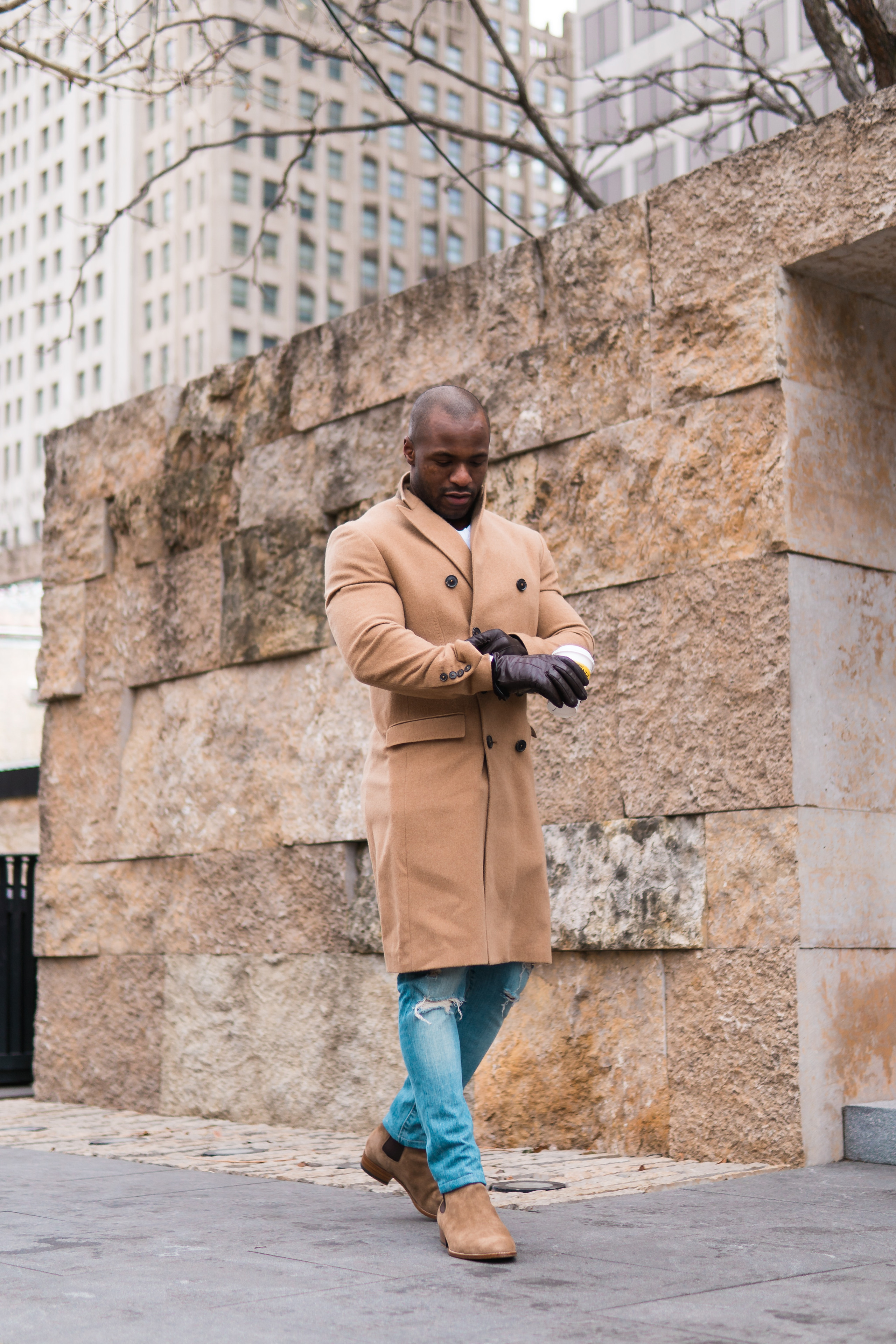 26-male-winter-casual-outfits-long-beige-coat