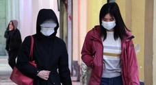 Close contact 「濃厚接触」social distancing 「人混みを避ける」| 新型コロナウイルスにまつわる英単語・フレーズ2