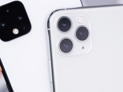 What is the difference between a Refurbished and Second-hand Phone?