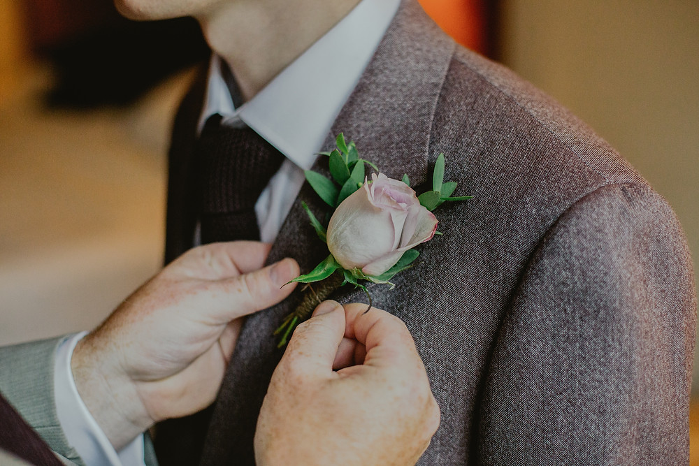 Pinned buttonhole