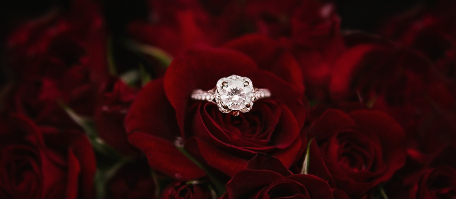 Choosing the Shape of Engagement Rings