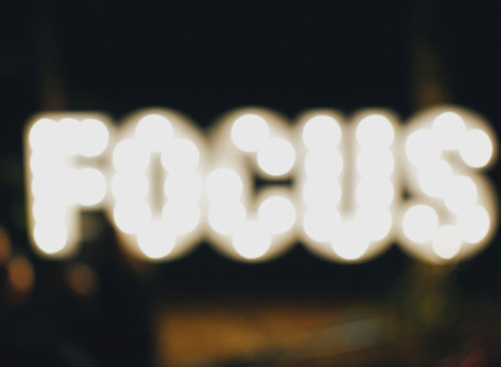 Transparent Moment: Tips on Focusing and Stop Forcing Things on Your Plate
