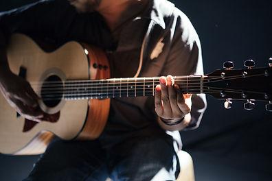 guitarist Nashville retreat songwriter