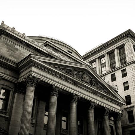 Big Banks vs Small Banks