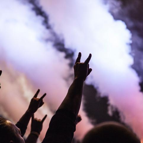 Establishing Shots: Upbeat Rock