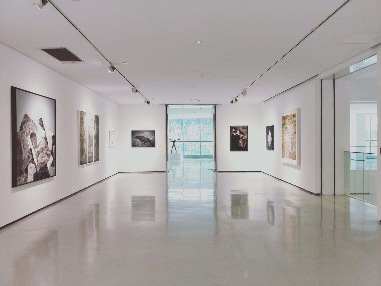 גלריות ומוזיאונים