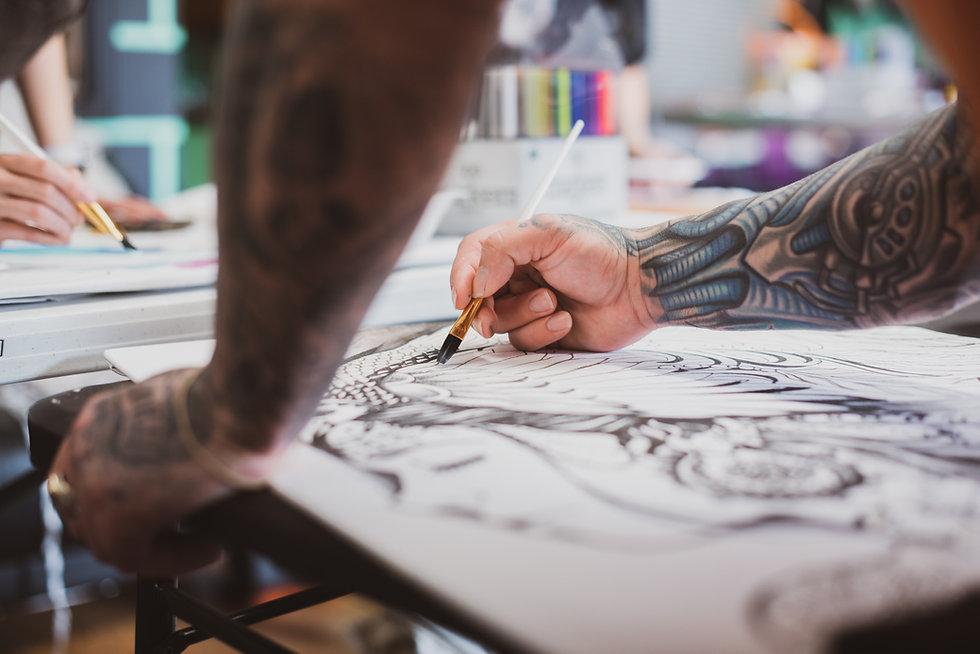 baj artist with a tatoo