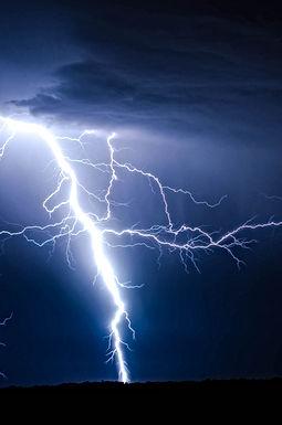 WEERBERICHT: Opgelet voor hevige onweersbuien met hagel en zware windstoten