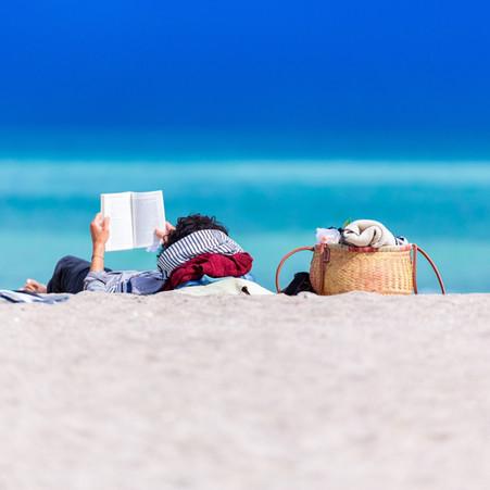 Book Review: The Island House (Brides & Beaches Book 1) by Elana Johnson