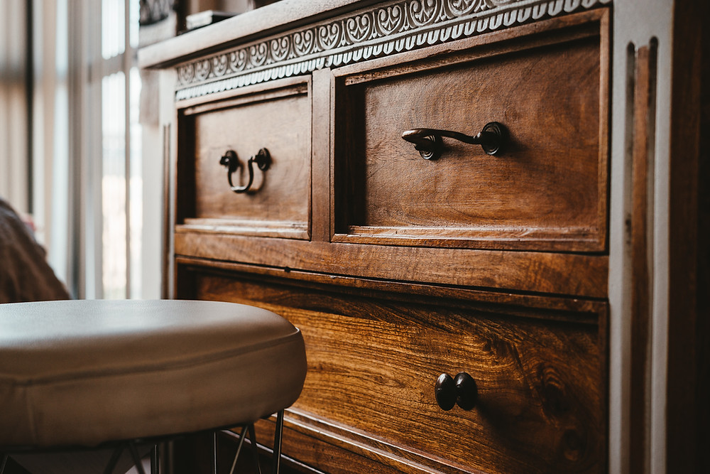 10 Tips to restore furniture