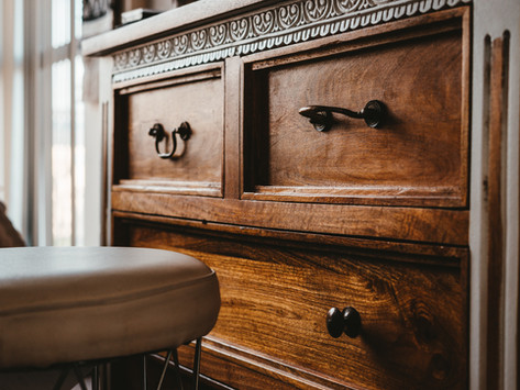 10 Tips To Restore Old Furniture
