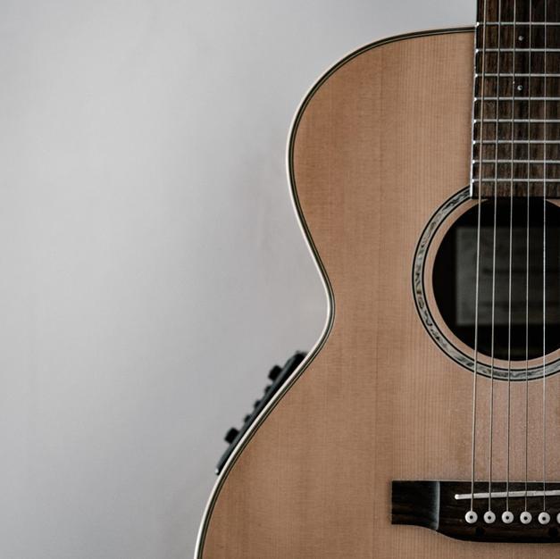Klasična in električna kitara