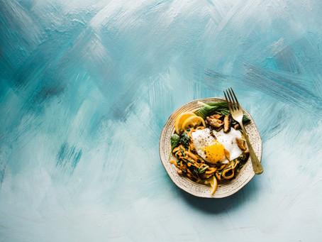 Cum poti diferentia mancatul emotional de senzatia de foame?