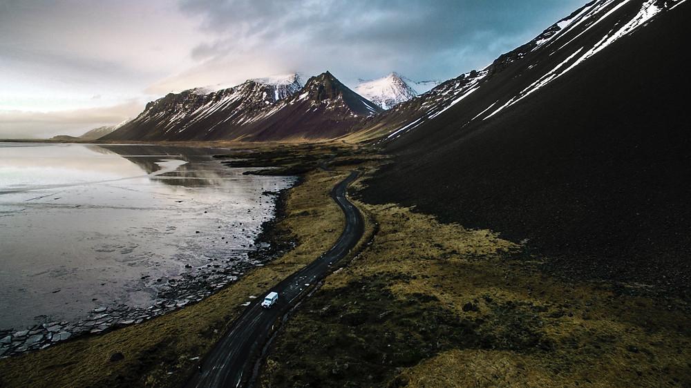 Destination elopement in Iceland