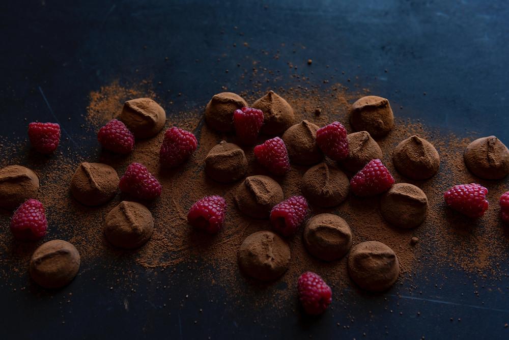 Μεγάλη η ποικιλία από σοκολατάκια στο ζαχαροπλαστείο Συριανό Sweets στον Μαραθώνα