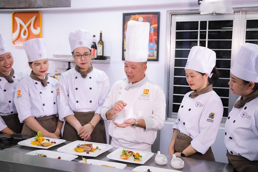 Image by Trường Trung Cấp Kinh Tế Du Lịch Thành Phố Hồ Chí Minh CET