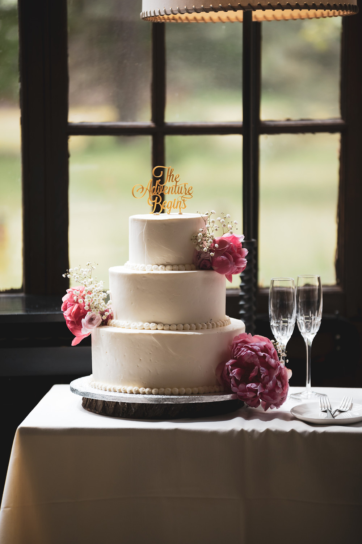 Can You Freeze A Wedding Cake?
