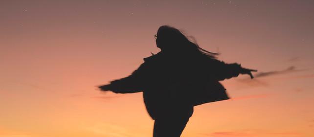 Dança. Continua a dançar...