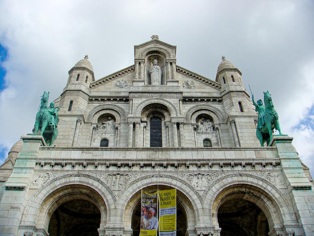 facade of the Sacré-Cœur