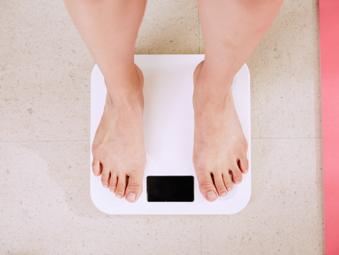 WHY DAILY FLUCTUATIONS IN BODY WEIGHT DON'T MATTER