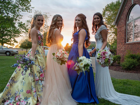Which flowers are best for a July wedding?