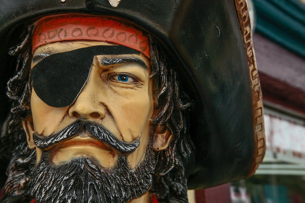 It's Pirate Weekend in Mount Dora, a short drive from your Leesburg Florida rental