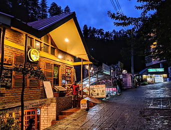 Manali Stay with Motorcycle Escapades