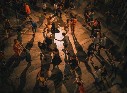 家で踊れるダンス「サルサ」の勧め