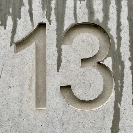 13. Vârsta cu ghinion...