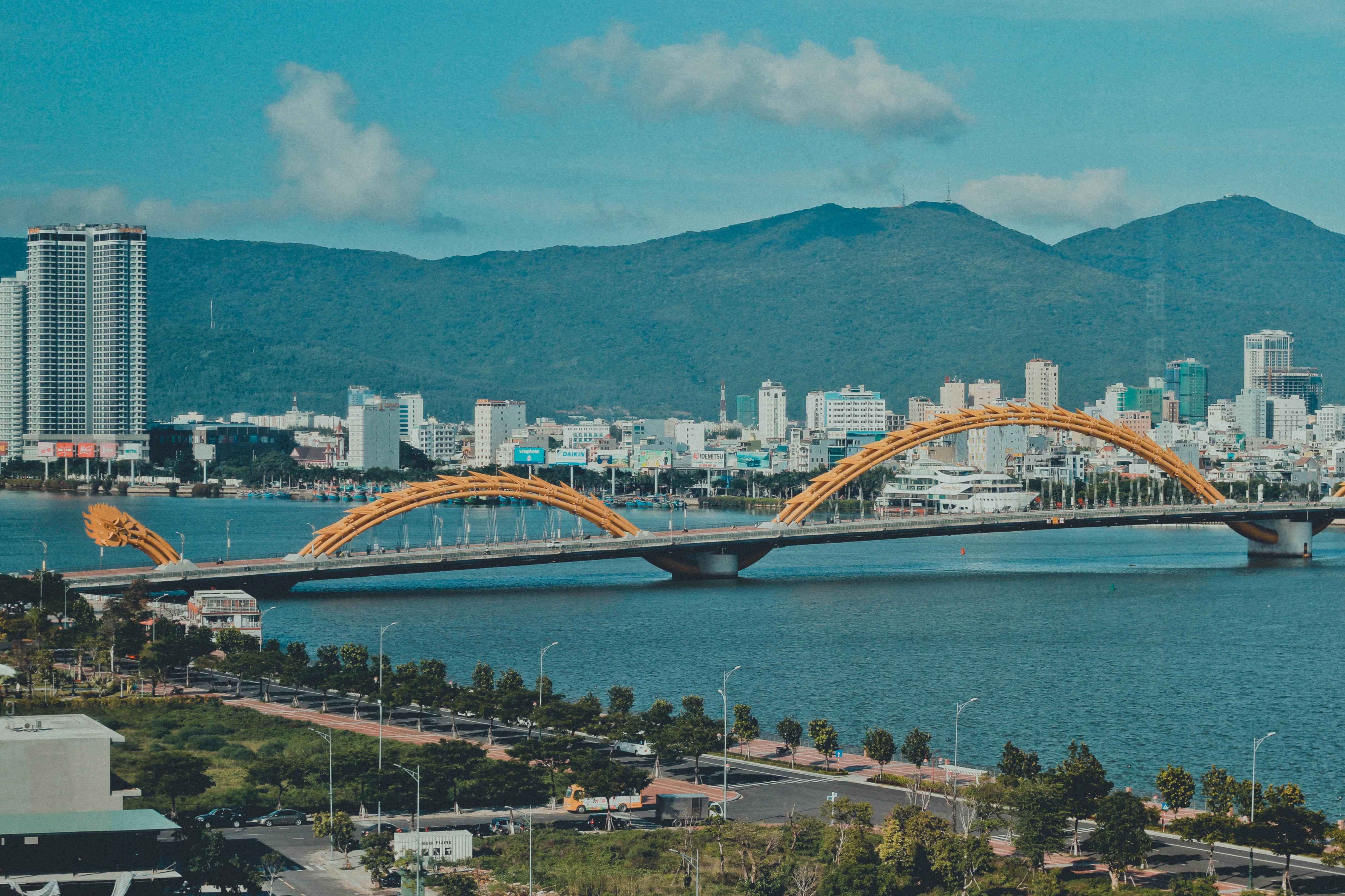 Image by Huong Ho