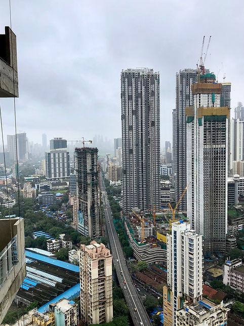 Smog in the city of Mumbai, India