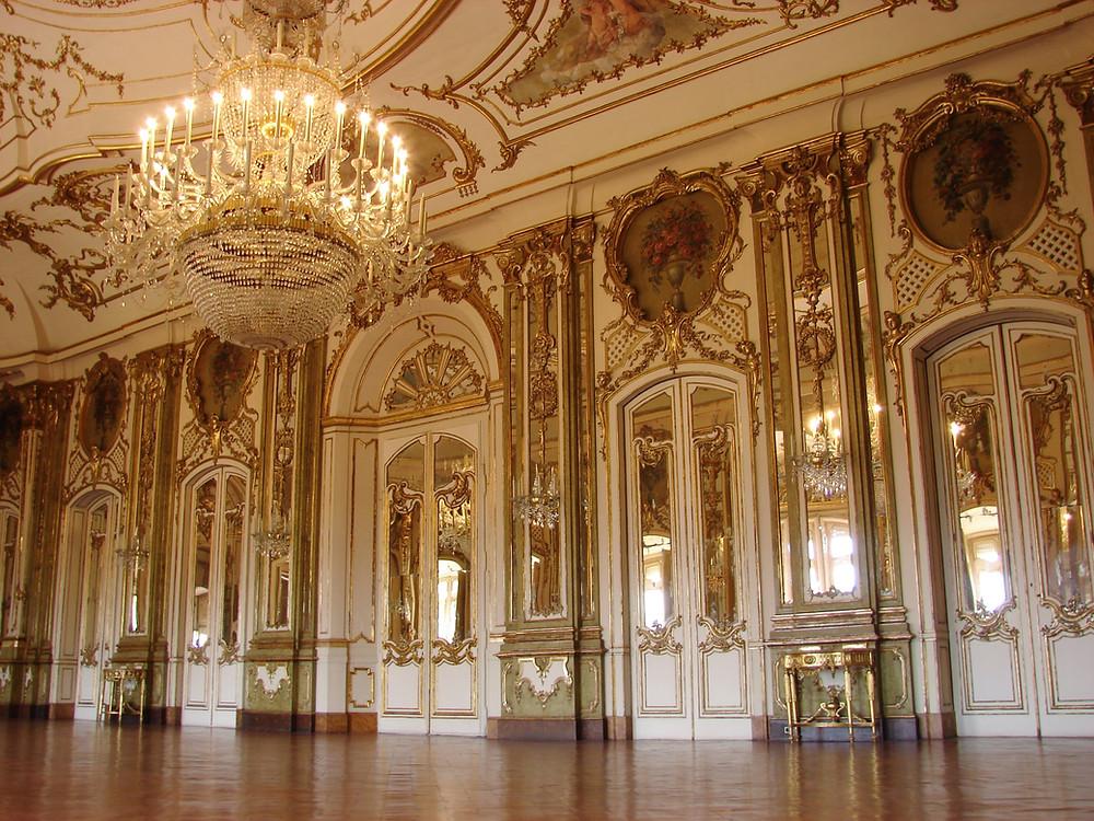 image courtesy of unsplash, ballroom, chandelier, royal