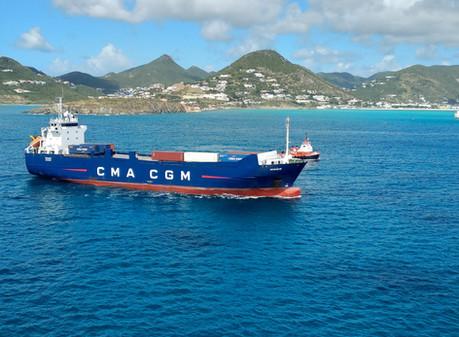 Kanał Sueski obniża opłaty! Chce powstrzymać falę statków omijających kanał. Transport z Chin