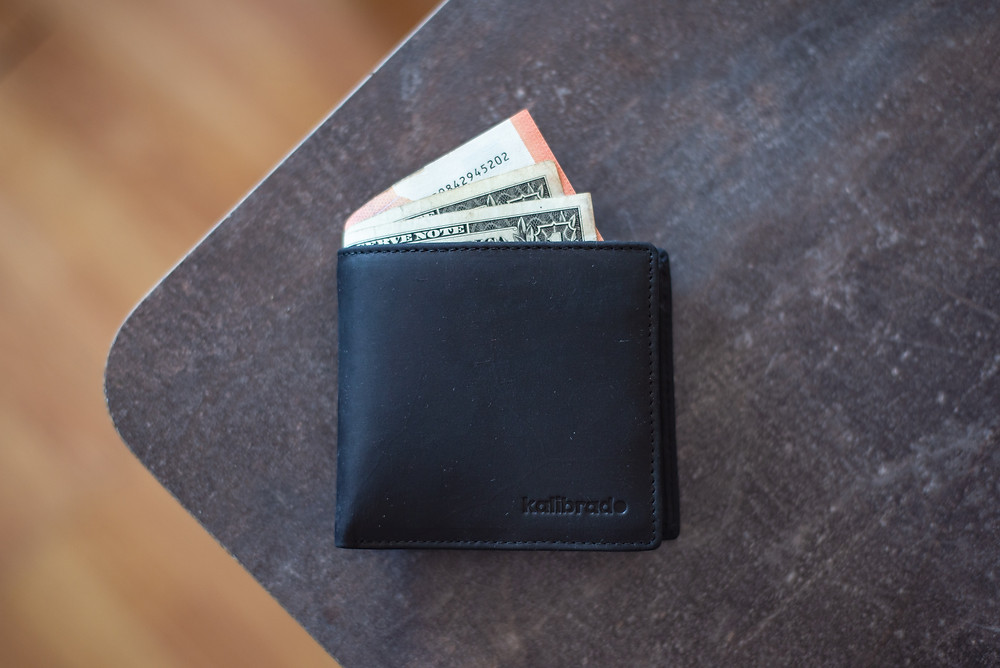 earn income as an expert
