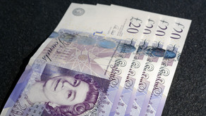 Are UK bonuses taxed?