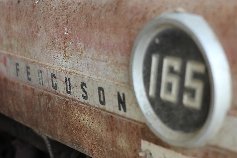Massey Ferguson 165, tractor