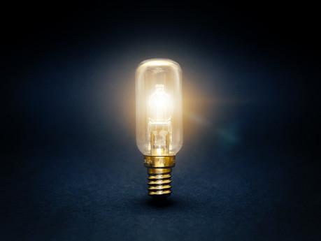 Light Bulbs That Reduce Your Light Bill