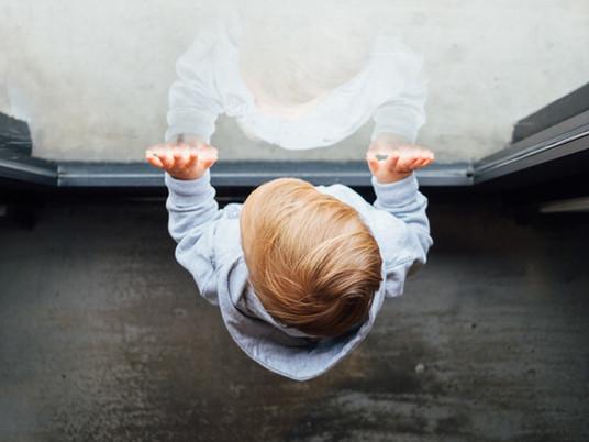 Guida per l'individuazione e l'intervento precoce in caso di minacce per il benessere dei bambini