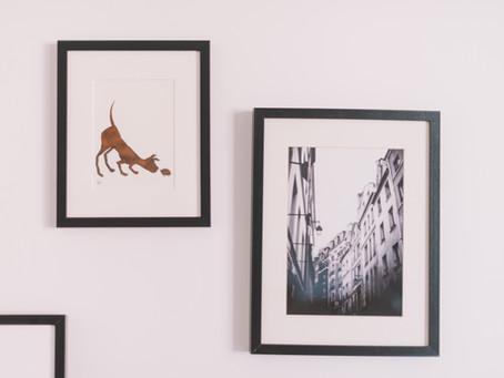 ¿Cómo organizar tu espacio con cuadros para fotos?