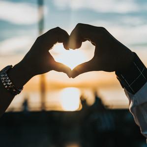 Wie entsteht Liebe und warum sind Menschen homosexuell?