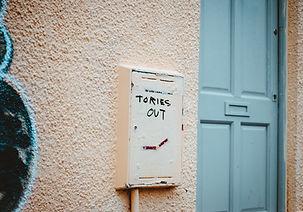 Image by Hello I'm Nik 🎞