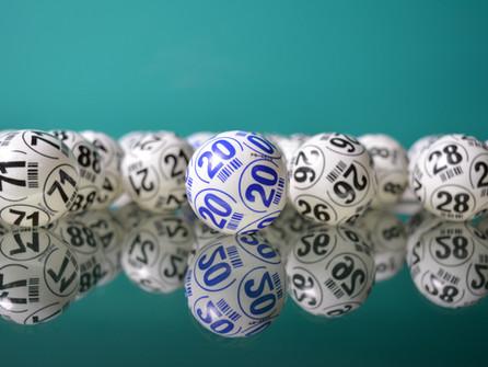 Diamante in festa: vincita al lotto da quasi 24mila euro
