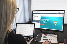 Doradztwo w zakresie obsługi Klientów usług B2B.